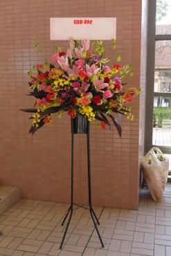 スタンド花をお届け…